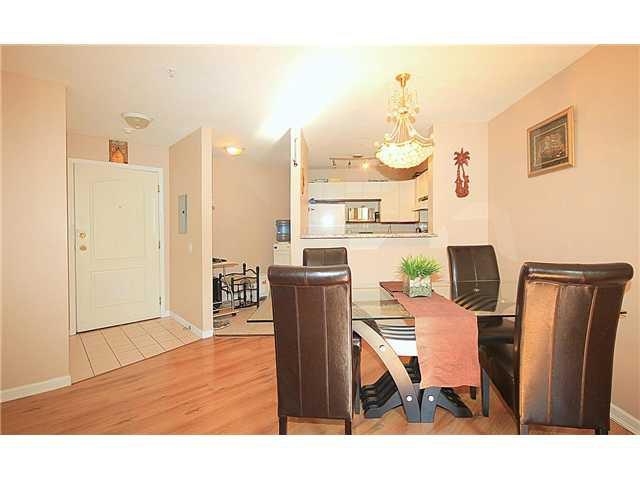 "Photo 5: Photos: 202 2429 HAWTHORNE Avenue in Port Coquitlam: Central Pt Coquitlam Condo for sale in ""STONEBROOK"" : MLS®# V1085086"