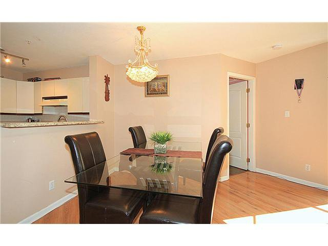 "Photo 6: Photos: 202 2429 HAWTHORNE Avenue in Port Coquitlam: Central Pt Coquitlam Condo for sale in ""STONEBROOK"" : MLS®# V1085086"