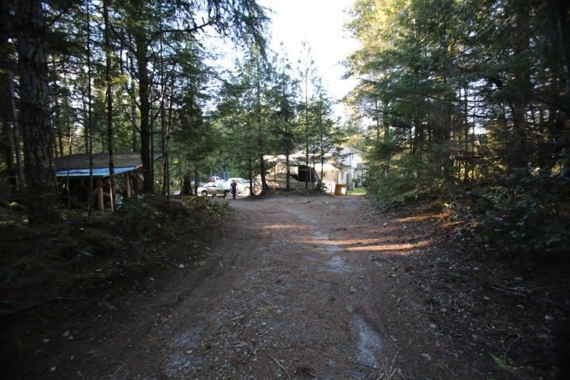 Photo 19: Photos: 5980 SECHELT INLET Road in Sechelt: Sechelt District House for sale (Sunshine Coast)  : MLS®# R2045230
