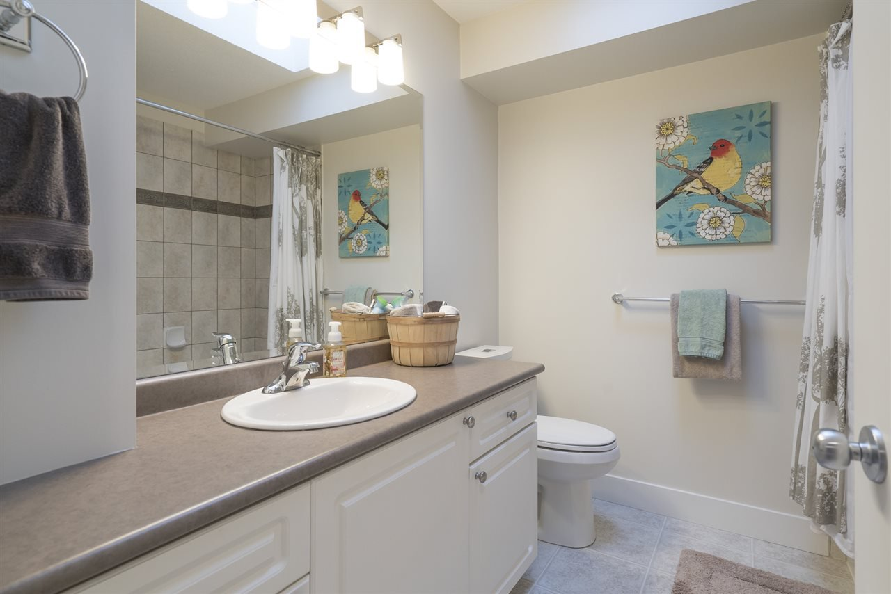 """Photo 15: Photos: 18899 68A Avenue in Surrey: Clayton House for sale in """"CLAYTON VILLAGE"""" (Cloverdale)  : MLS®# R2146647"""