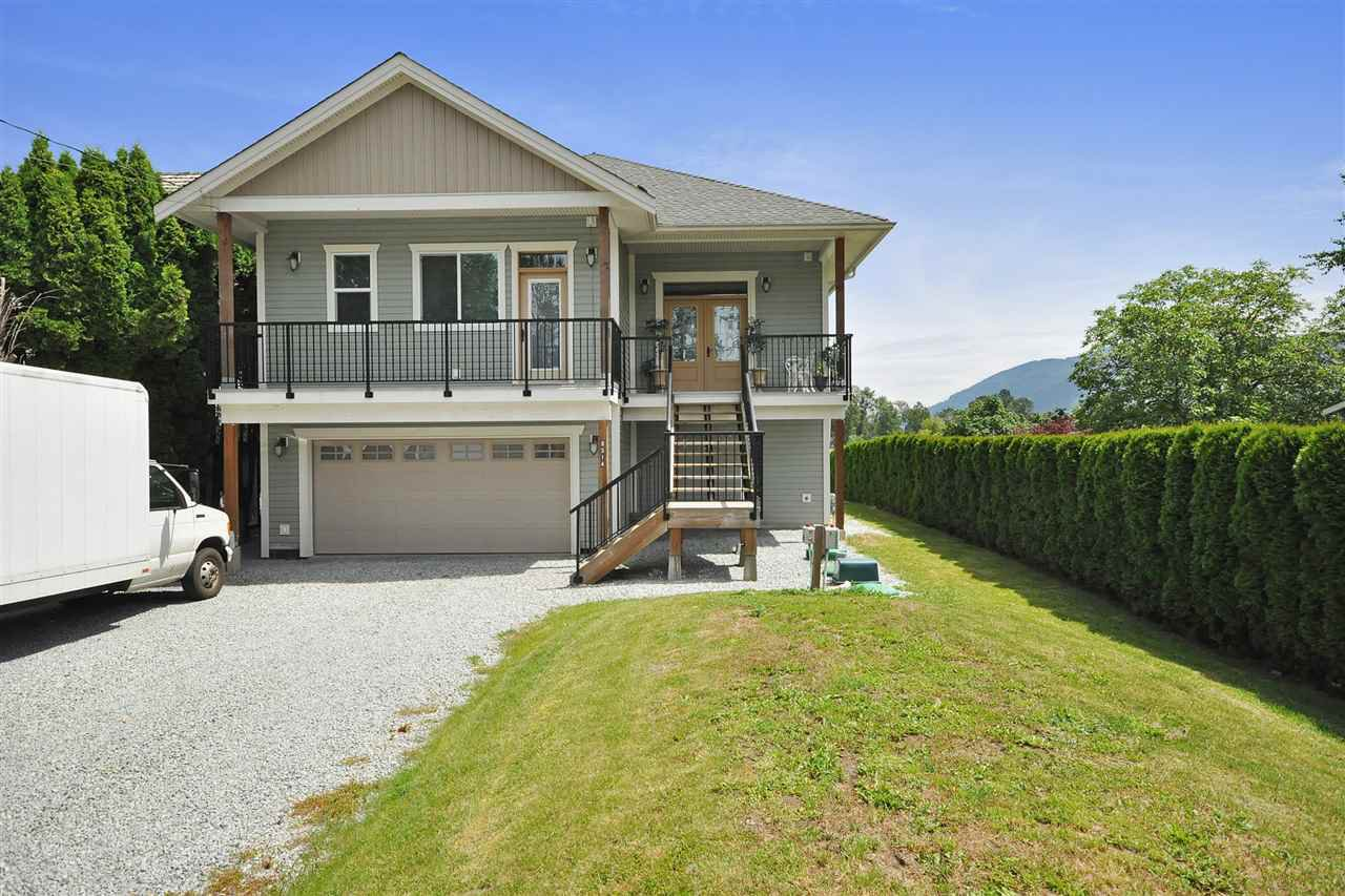 Photo 4: Photos: 8514 LAKEVIEW Road in Mission: Hatzic House for sale : MLS®# R2165597