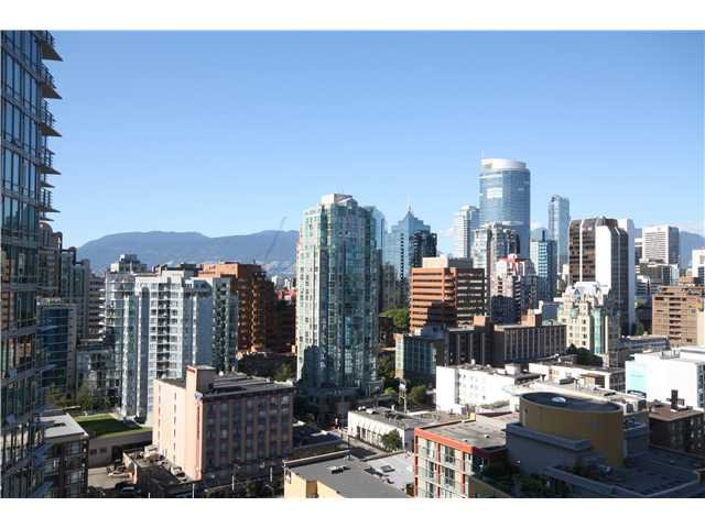 "Main Photo: # 1203 1238 SEYMOUR ST in Vancouver: Downtown VW Condo for sale in """"SPACE"""" (Vancouver West)  : MLS®# V970162"