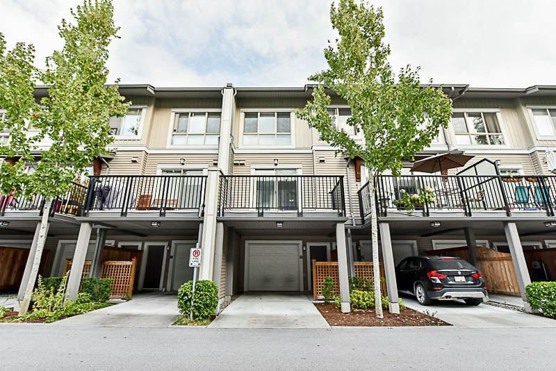 Main Photo: 129 6671 121 STREET in Surrey: West Newton Townhouse for sale : MLS®# R2204083