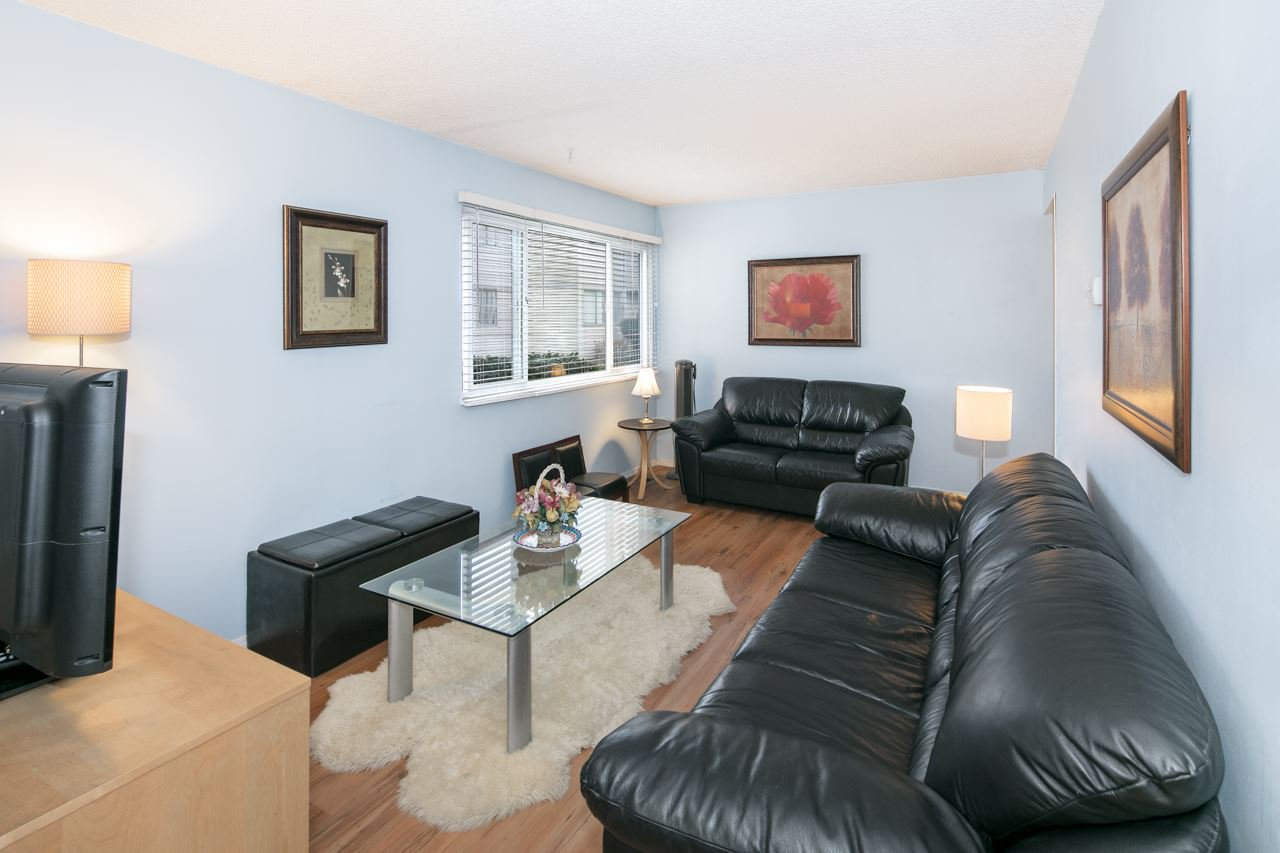 Main Photo: 82 3437 E 49TH AVENUE in Vancouver: Killarney VE Townhouse for sale (Vancouver East)  : MLS®# R2155769