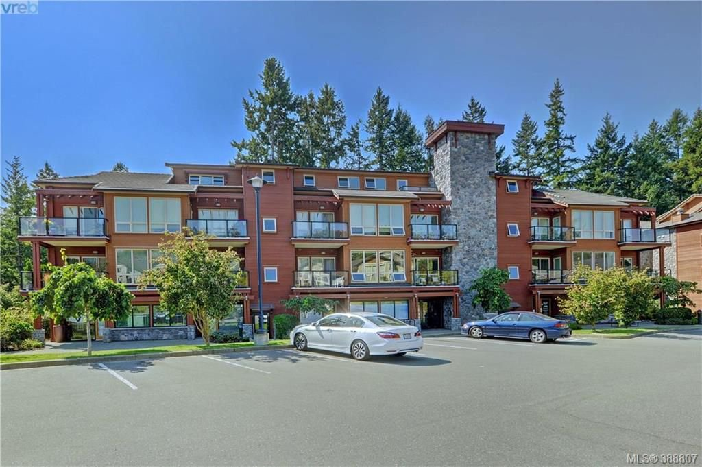 Main Photo: 206 627 Brookside Rd in VICTORIA: Co Latoria Condo Apartment for sale (Colwood)  : MLS®# 781371