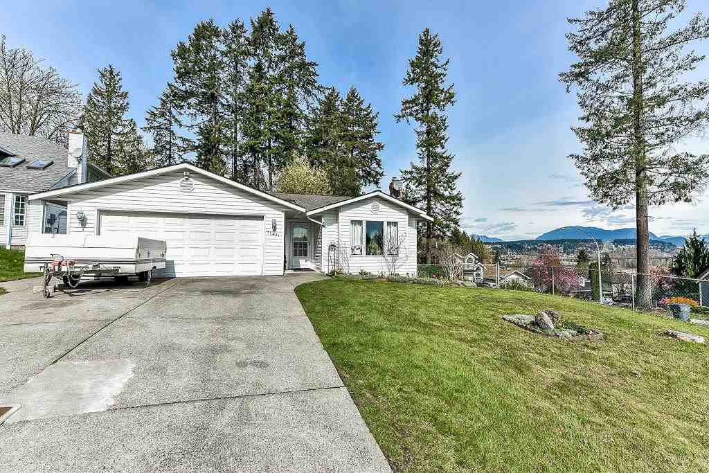 """Main Photo: 11491 WELLINGTON Crescent in Surrey: Bolivar Heights House for sale in """"wellington terrace"""" (North Surrey)  : MLS®# R2254675"""