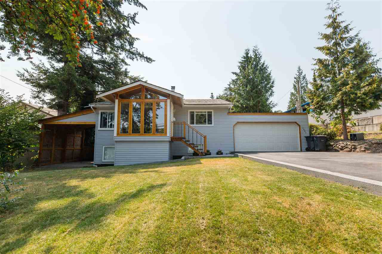 """Main Photo: 2882 Norman Ave, in Coquitlam: Ranch Park House for sale in """"Ranch Park"""" : MLS®# R2295567"""