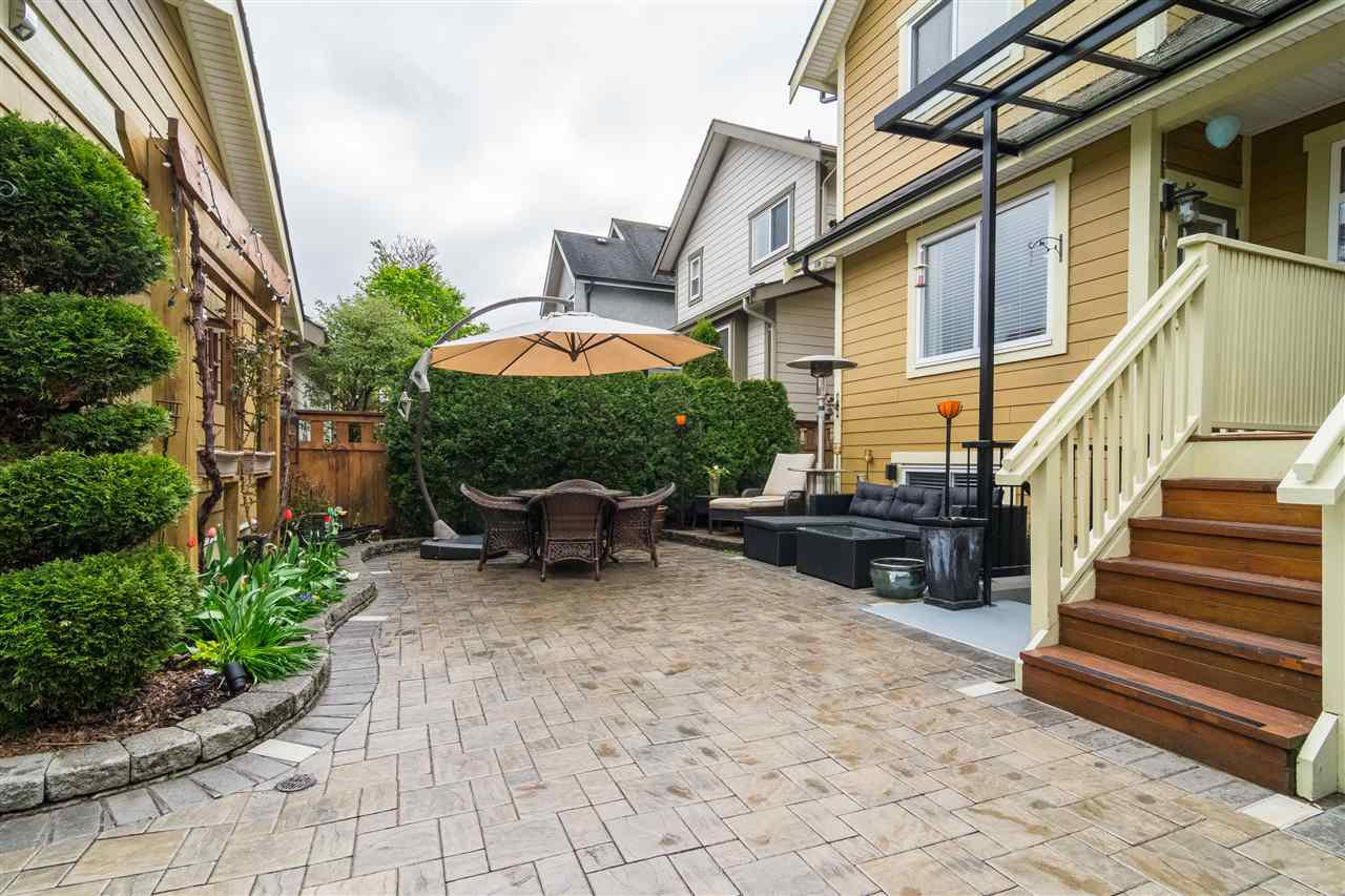 """Photo 20: Photos: 23029 JENNY LEWIS Avenue in Langley: Fort Langley House for sale in """"BEDFORD LANDING"""" : MLS®# R2359056"""