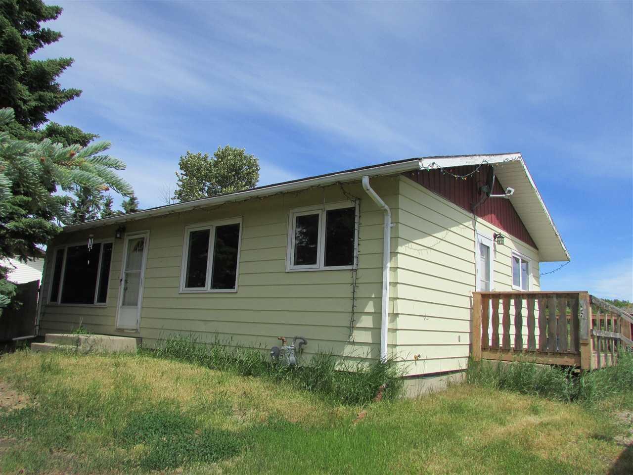 Main Photo: 8958 PINE Road in Fort St. John: Fort St. John - Rural W 100th House for sale (Fort St. John (Zone 60))  : MLS®# R2386445