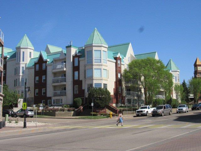 Main Photo: 3 Perron Street in St. Albert: Condominium for rent