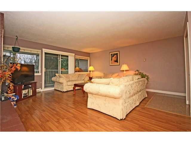 """Photo 3: Photos: 2010 HIGHVIEW Place in Port Moody: College Park PM Townhouse for sale in """"HIGHVIEW PLACE"""" : MLS®# V1100224"""