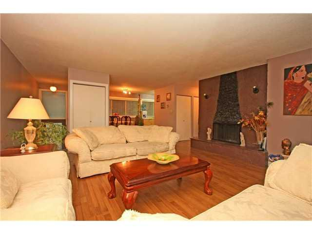 """Photo 4: Photos: 2010 HIGHVIEW Place in Port Moody: College Park PM Townhouse for sale in """"HIGHVIEW PLACE"""" : MLS®# V1100224"""
