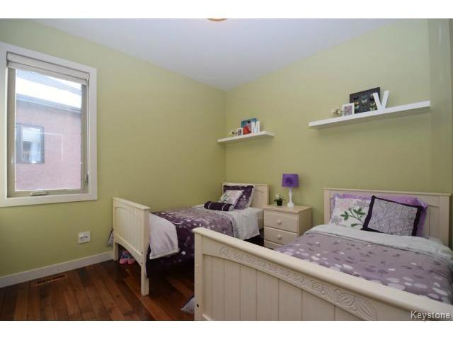 Photo 13: Photos: 187 McBeth Grove in WINNIPEG: West Kildonan / Garden City Residential for sale (North West Winnipeg)  : MLS®# 1504824