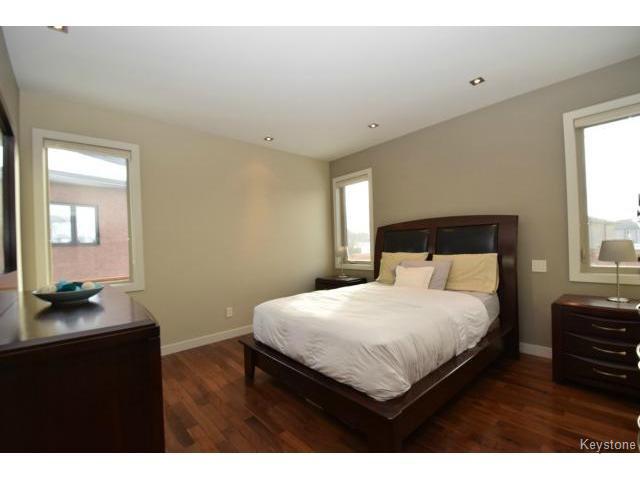 Photo 9: Photos: 187 McBeth Grove in WINNIPEG: West Kildonan / Garden City Residential for sale (North West Winnipeg)  : MLS®# 1504824