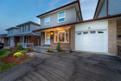 Main Photo: 2602 Crystalburn Avenue in Mississauga: Cooksville House (2-Storey) for sale : MLS®# W3326149