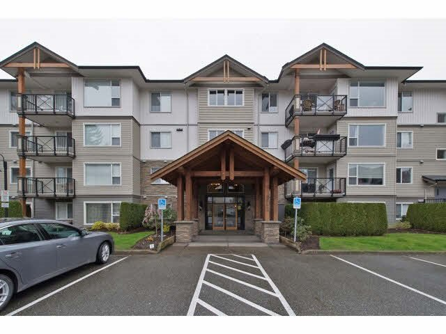 "Main Photo: 315 2955 DIAMOND Crescent in Abbotsford: Abbotsford West Condo for sale in ""Westwood"" : MLS®# R2076985"