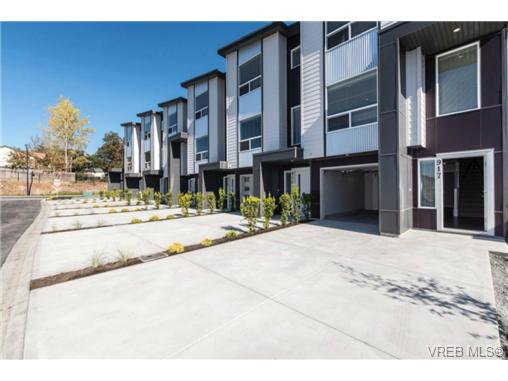 Photo 10: Photos: 955 Pharoah Mews in VICTORIA: La Florence Lake Row/Townhouse for sale (Langford)  : MLS®# 740677