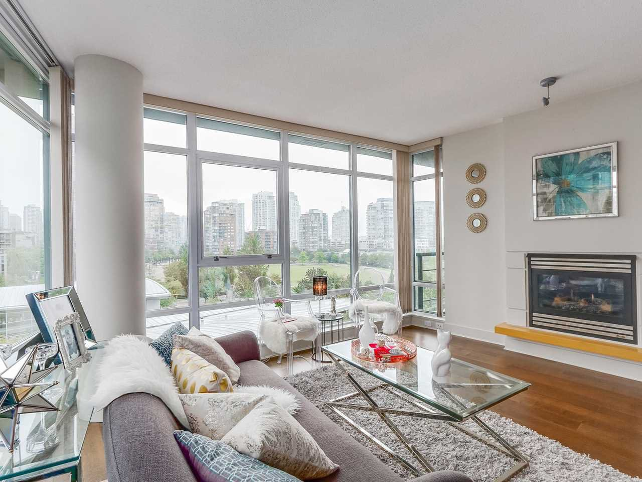"Main Photo: 701 1483 HOMER Street in Vancouver: Yaletown Condo for sale in ""The WATERFORD"" (Vancouver West)  : MLS®# R2118154"