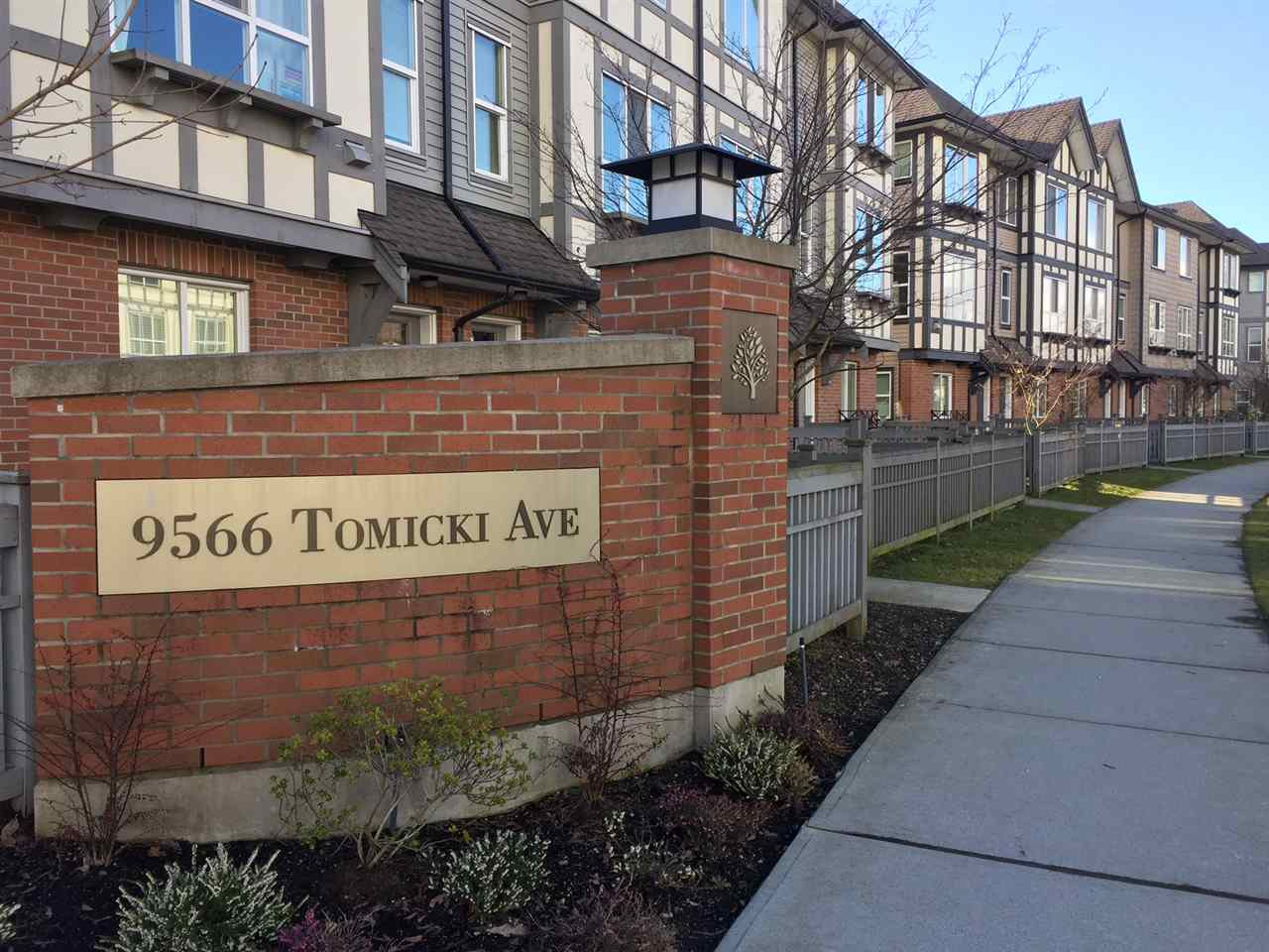 """Main Photo: 31 9566 TOMICKI Avenue in Richmond: West Cambie Townhouse for sale in """"WISHING TREE"""" : MLS®# R2140405"""