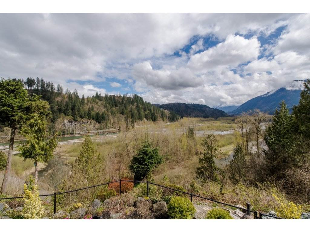 "Photo 20: Photos: 108 45473 ARIEL Place: Cultus Lake House for sale in ""RIVERSTONE HEIGHTS"" : MLS®# R2155607"