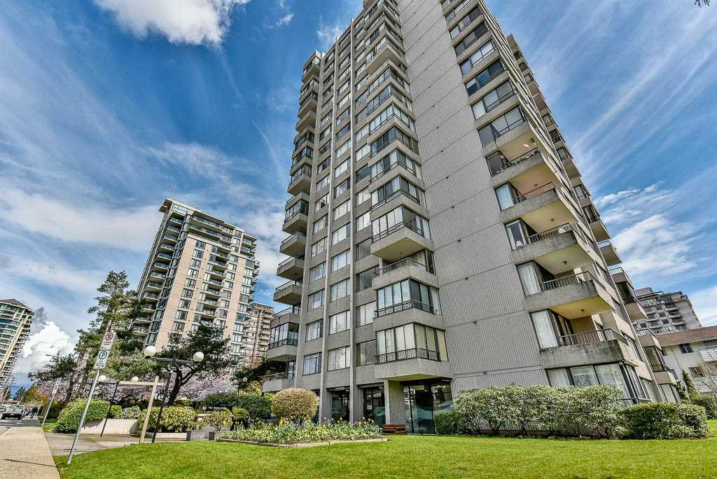 "Main Photo: 804 740 HAMILTON Street in New Westminster: Uptown NW Condo for sale in ""THE STATESMAN"" : MLS®# R2157031"