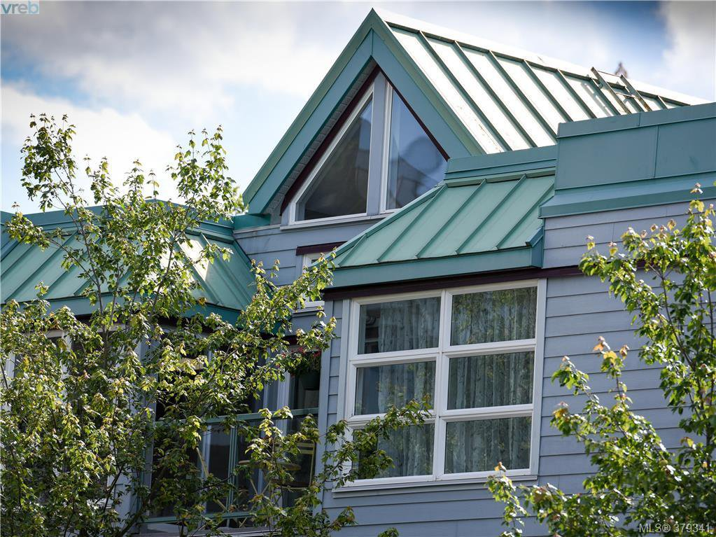 Main Photo: 305 853 North Park St in VICTORIA: Vi Central Park Condo Apartment for sale (Victoria)  : MLS®# 761865