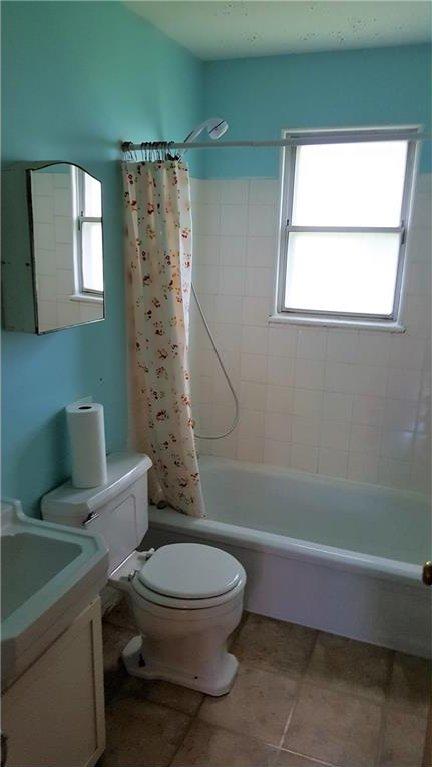 Photo 12: Photos: 2403 32 Avenue SW in Calgary: Richmond House for sale : MLS®# C4123862