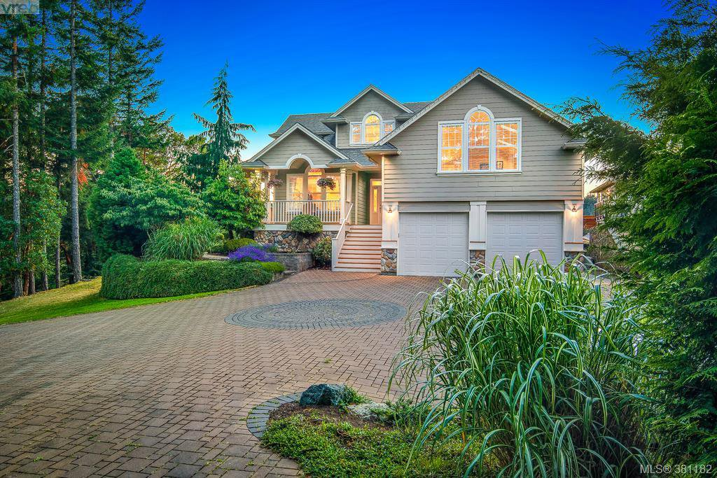 Main Photo: 996 Moss Ridge Close in VICTORIA: Me Metchosin Single Family Detached for sale (Metchosin)  : MLS®# 381182