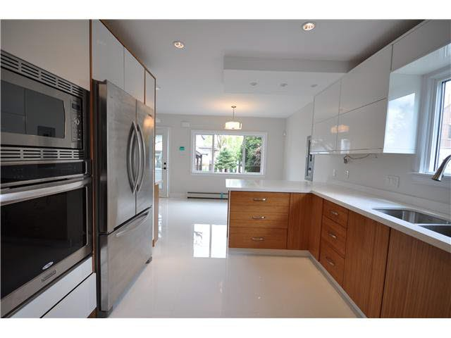 Main Photo: 463 E 48TH AVENUE in : Fraser VE House for sale : MLS®# V1130938