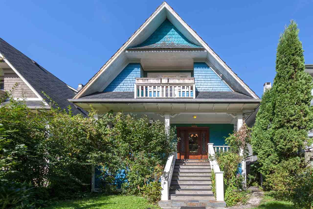"""Main Photo: 1423 E 11TH Avenue in Vancouver: Grandview VE House for sale in """"COMMERCIAL DRIVE"""" (Vancouver East)  : MLS®# R2213839"""