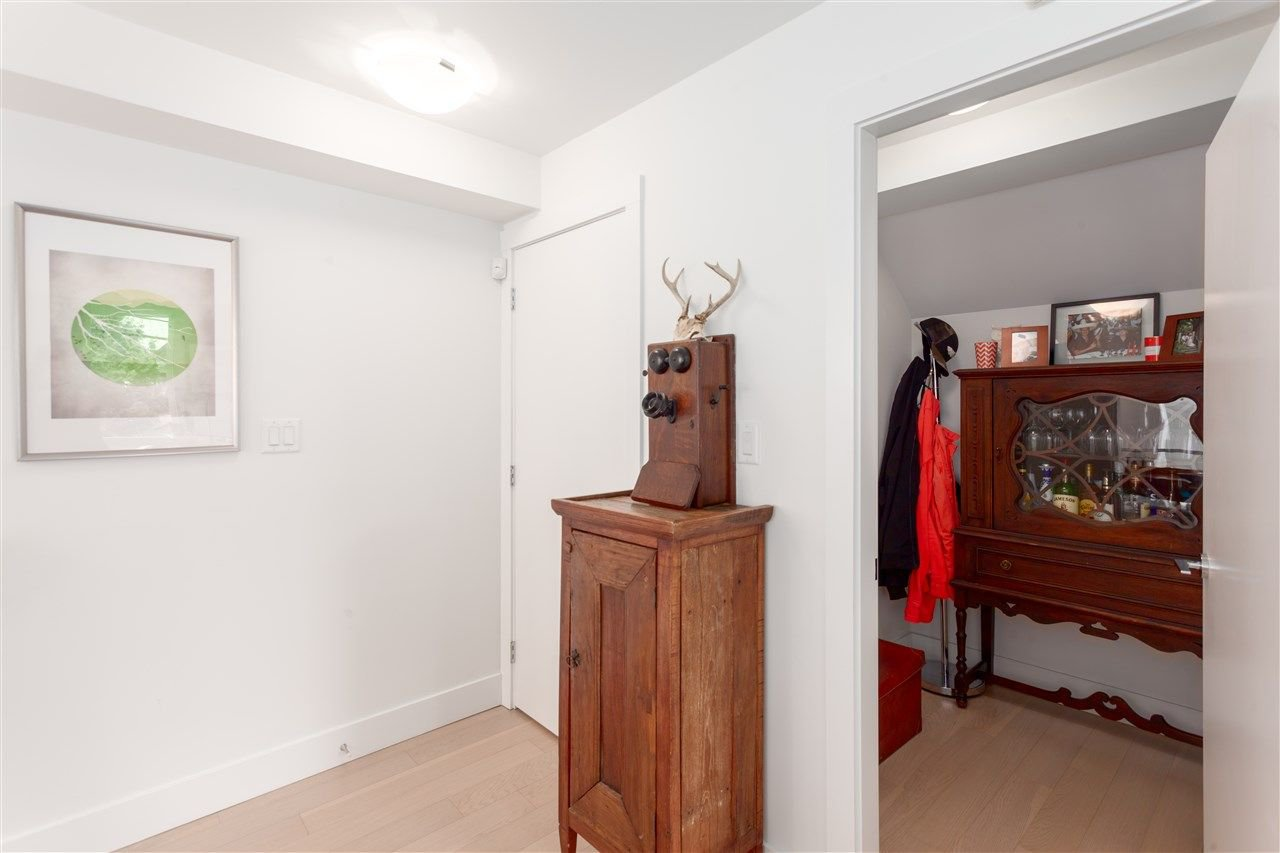 Photo 10: Photos: 4 1411 E 1ST AVENUE in Vancouver: Grandview VE Townhouse for sale (Vancouver East)  : MLS®# R2254853