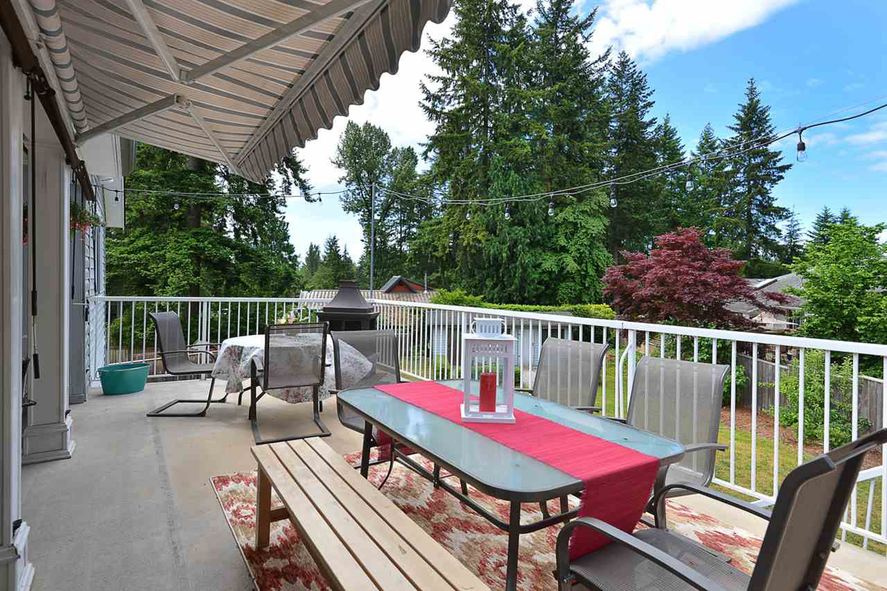 Main Photo: 1211 CAROL Place in Gibsons: Gibsons & Area House for sale (Sunshine Coast)  : MLS®# R2290934