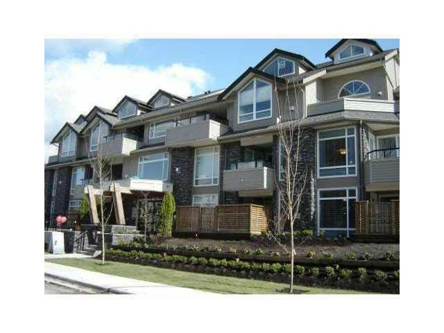 Main Photo: 209 3150 VINCENT STREET in : Glenwood PQ Condo for sale : MLS®# V1068981