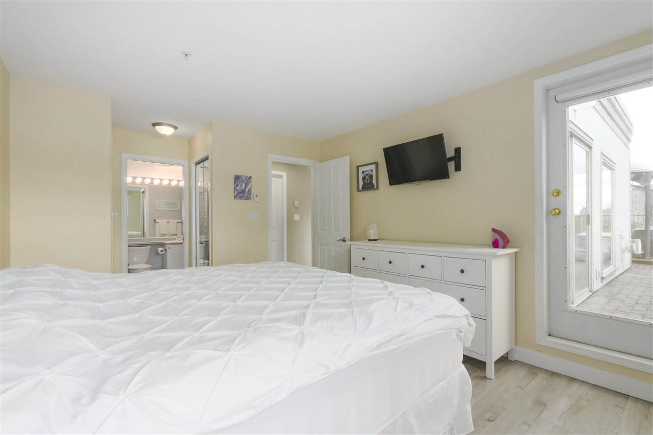 """Photo 12: Photos: 407 1650 GRANT Avenue in Port Coquitlam: Glenwood PQ Condo for sale in """"FORESTSIDE"""" : MLS®# R2353372"""