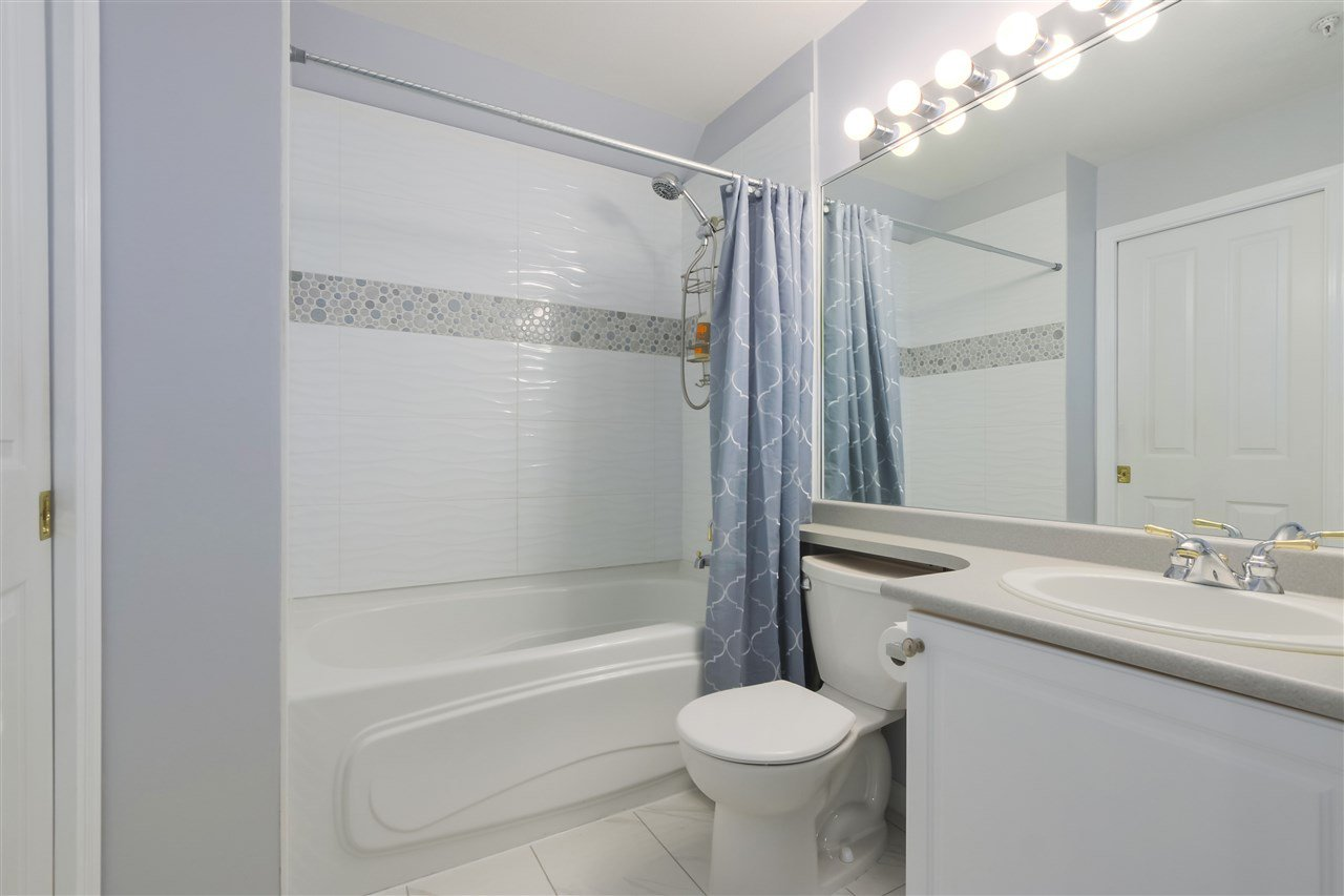 """Photo 14: Photos: 407 1650 GRANT Avenue in Port Coquitlam: Glenwood PQ Condo for sale in """"FORESTSIDE"""" : MLS®# R2353372"""