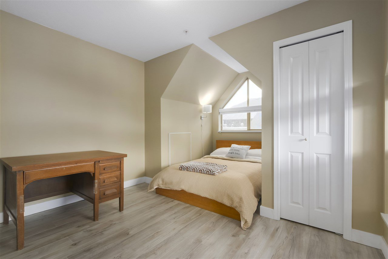 """Photo 13: Photos: 407 1650 GRANT Avenue in Port Coquitlam: Glenwood PQ Condo for sale in """"FORESTSIDE"""" : MLS®# R2353372"""