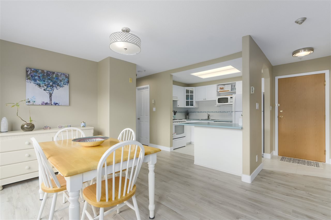 """Photo 6: Photos: 407 1650 GRANT Avenue in Port Coquitlam: Glenwood PQ Condo for sale in """"FORESTSIDE"""" : MLS®# R2353372"""