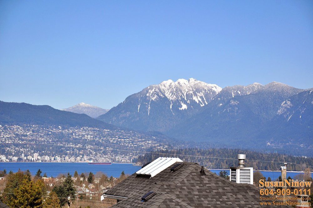 Main Photo: 3486 West 18th Avenue in Vancouver: Dunbar Home for sale ()  : MLS®# V872717