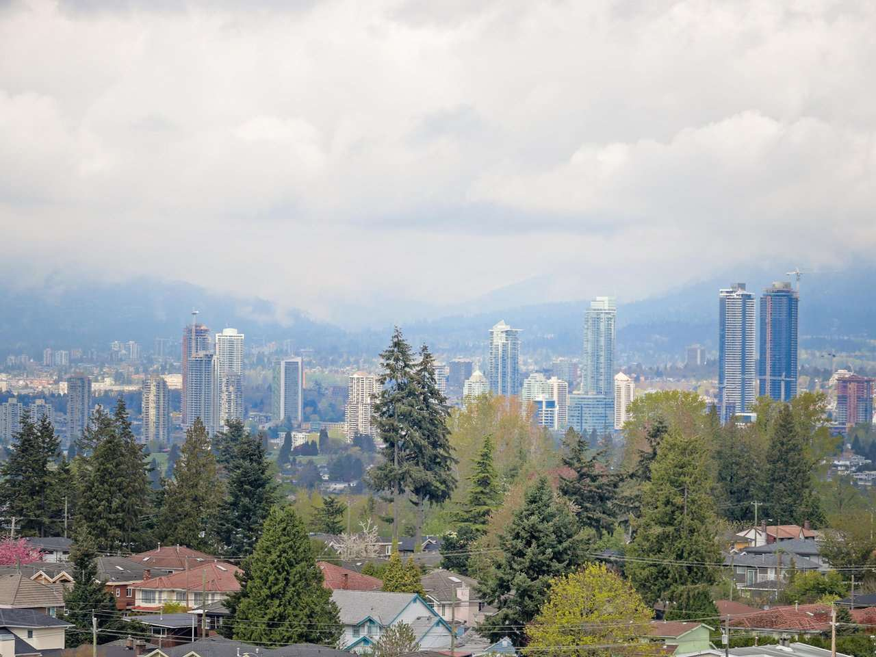 "Photo 1: Photos: 1709 7077 BERESFORD Street in Burnaby: Highgate Condo for sale in ""CITY CLUB ON THE PARK"" (Burnaby South)  : MLS®# R2382596"