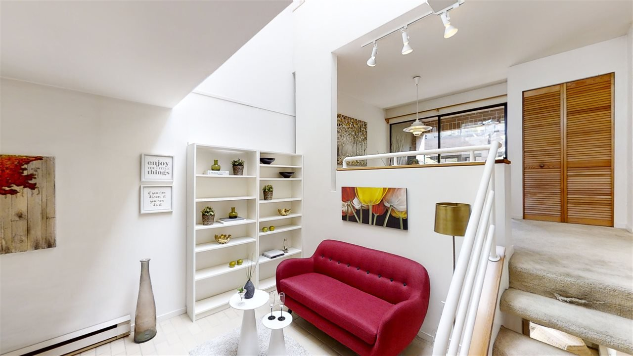 """Photo 11: Photos: 4 766 W 7TH Avenue in Vancouver: Fairview VW Townhouse for sale in """"Willow Court"""" (Vancouver West)  : MLS®# R2456151"""