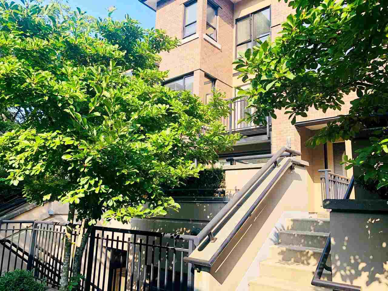 """Main Photo: 16 1863 WESBROOK Mall in Vancouver: University VW Townhouse for sale in """"ESSE"""" (Vancouver West)  : MLS®# R2497405"""