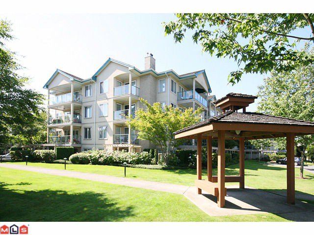 "Main Photo: 310 20433 53RD Avenue in Langley: Langley City Condo for sale in ""COUNTRYSIDE ESTATES"" : MLS®# F1118289"