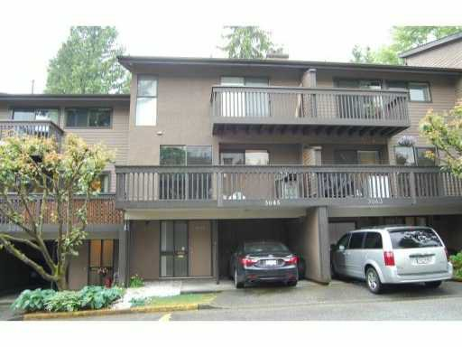 Main Photo: : Townhouse for sale : MLS®# v952682