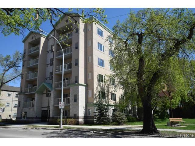 Main Photo: 330 Stradbrook Avenue in WINNIPEG: Fort Rouge / Crescentwood / Riverview Condominium for sale (South Winnipeg)  : MLS®# 1513596