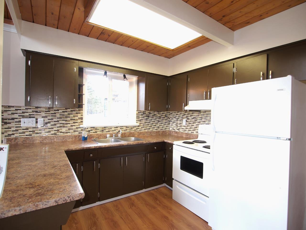 Photo 3: Photos: 4949 KYLLO Drive in 108 Mile Ranch: 108 Ranch House for sale (100 Mile House (Zone 10))  : MLS®# R2014339