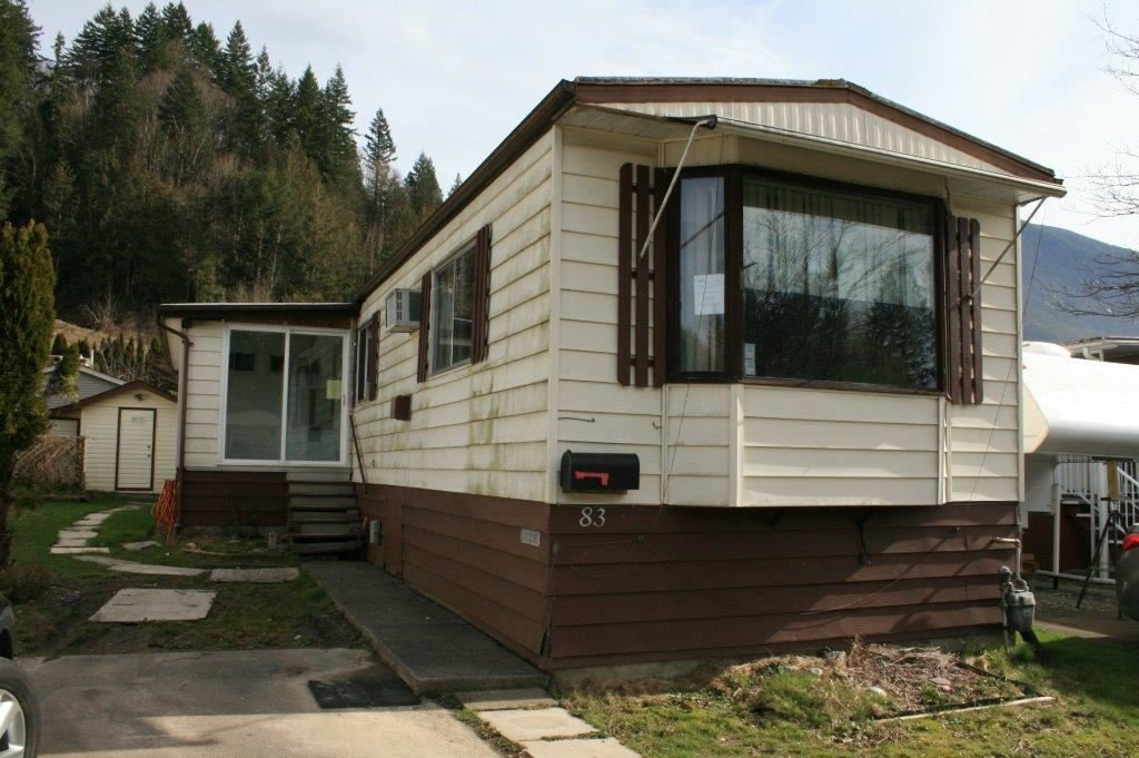 Main Photo: 83 46511 CHILLIWACK LAKE Road in Chilliwack: Chilliwack River Valley Manufactured Home for sale (Sardis)  : MLS®# R2094775