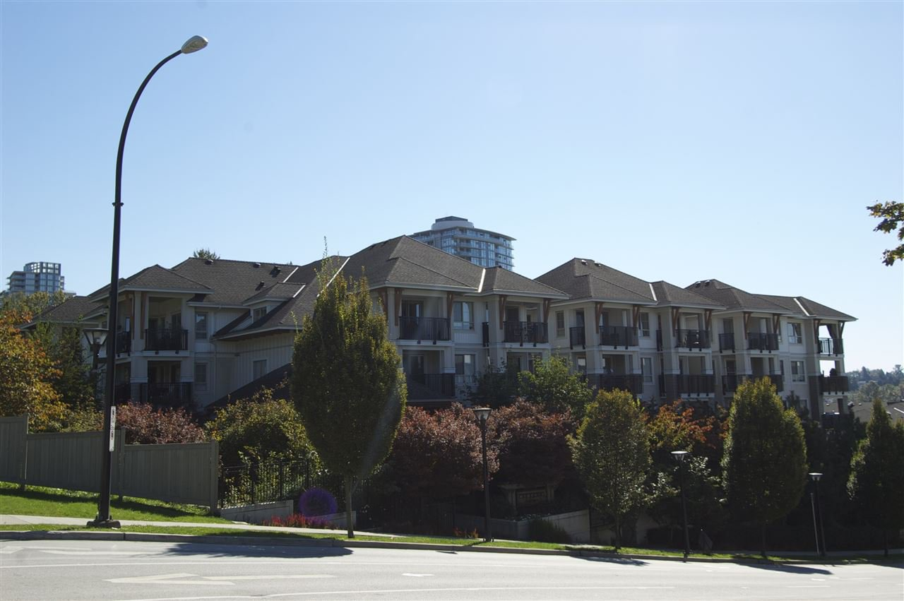 """Photo 17: Photos: 417 2088 BETA Avenue in Burnaby: Brentwood Park Condo for sale in """"MEMENTO"""" (Burnaby North)  : MLS®# R2110935"""