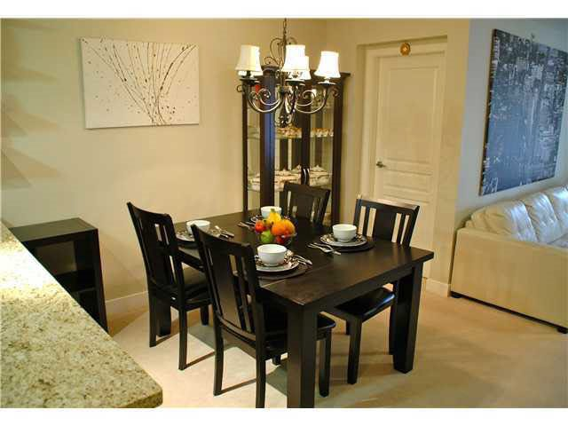 """Photo 8: Photos: 417 2088 BETA Avenue in Burnaby: Brentwood Park Condo for sale in """"MEMENTO"""" (Burnaby North)  : MLS®# R2110935"""