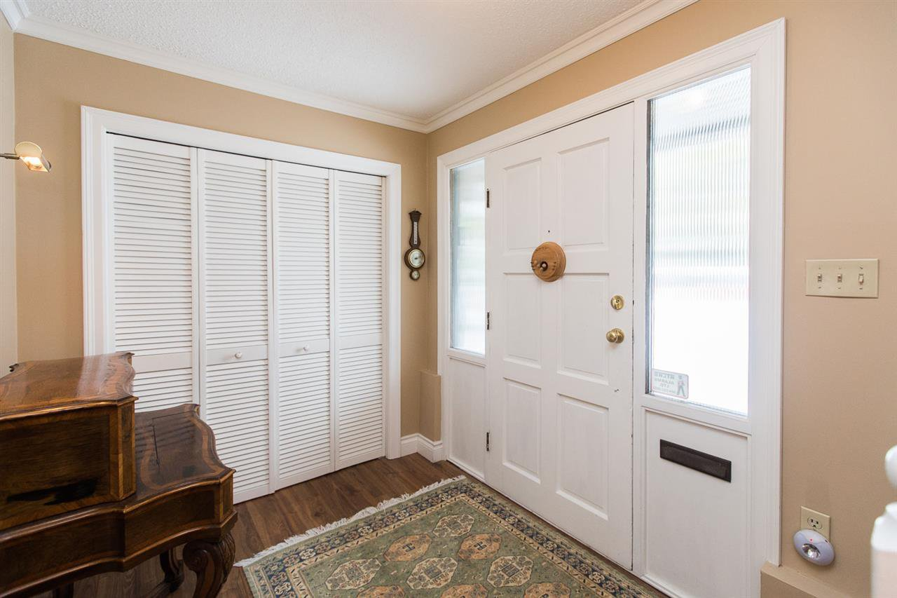 "Photo 16: Photos: 6682 BAKER Road in Delta: Sunshine Hills Woods House for sale in ""Sunshine Hills"" (N. Delta)  : MLS®# R2137622"