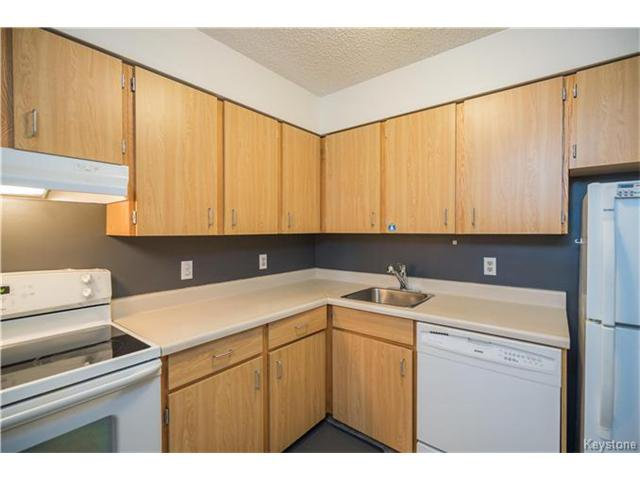 Photo 6: Photos: 1048 Bairdmore Boulevard in Winnipeg: Richmond West Condominium for sale (1S)  : MLS®# 1704936